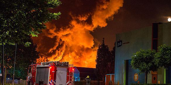 Zeer grote brand ADD APT Chemicals Helmond